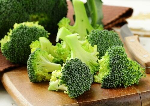 천식에 좋은 10가지 음식 브로콜리