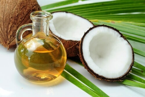곱슬머리에 좋은 코코넛 오일