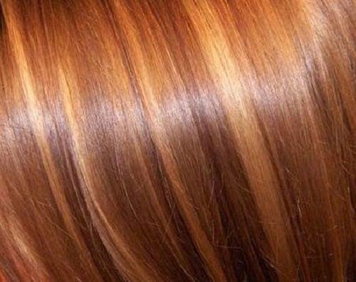 자연적으로 머리색을 밝게 만드는 법