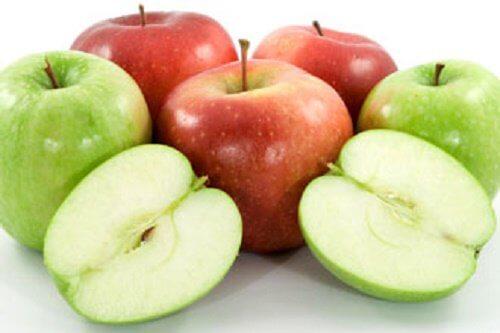지방을 태우는 10가지 음식들 사과