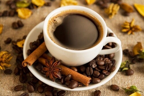 아침 식사와 함께 마시는 커피의 장점