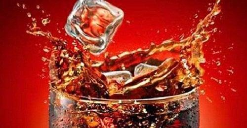 콜라를 마시면 우리 몸에 어떠한 일이 생길까?