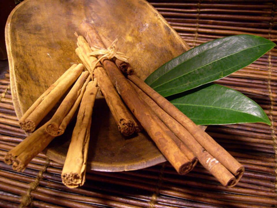 5-cinnamon-sticks