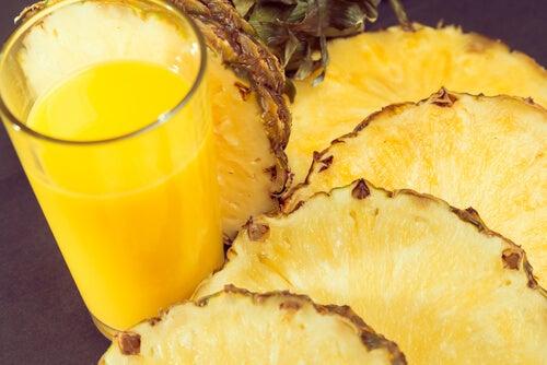 7-pineapple1