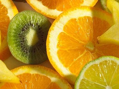 오렌지와 키위 주스