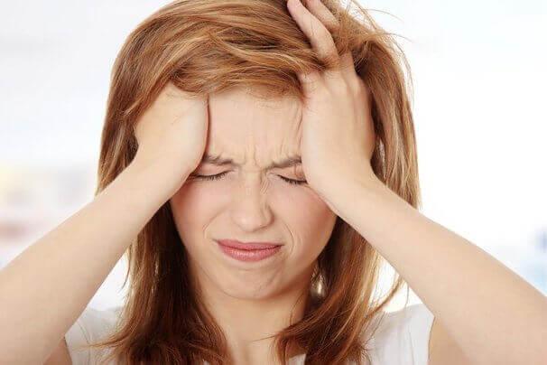 여성 편두통 원인