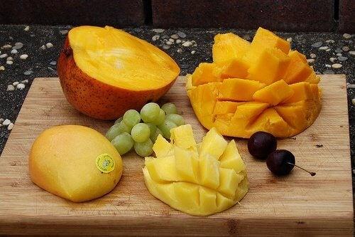 2-mango-and-papaya