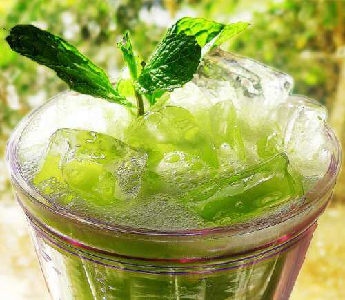 Mint-and-cucumber-juice