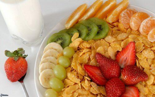 아침식사로 지방간을 치료하는 방법