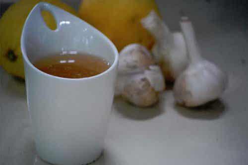 매일 아침 마시는 마늘 차의 효능
