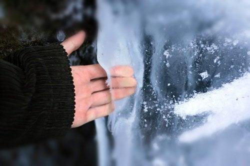 얼음 테라피로 피부