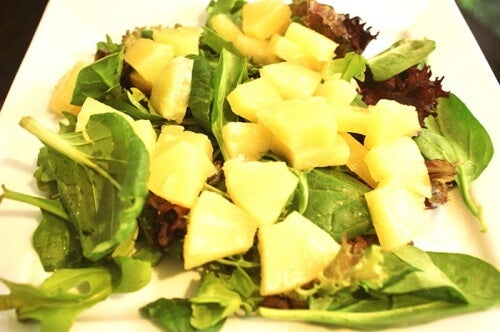 pineapple-and-spinach-salad