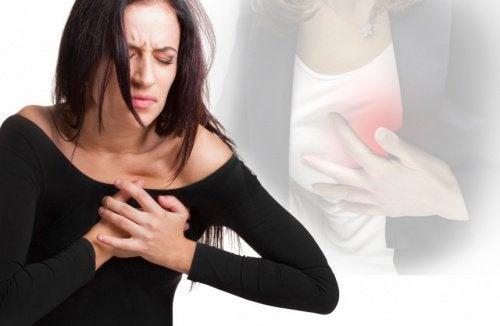 대부분의 여성들이 모르는 심장마비의 증상