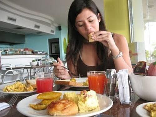 식욕을 주체할 수 없는 이유는 무엇일까?