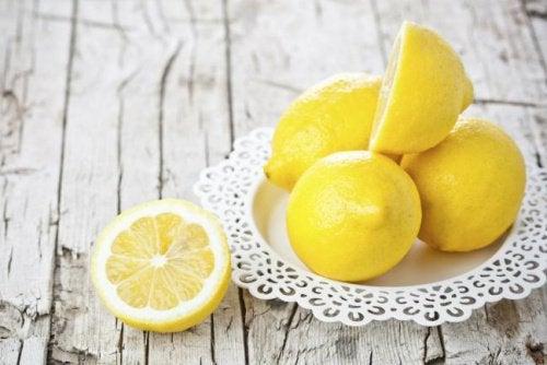 천연 개미 퇴치제 6가지 레몬