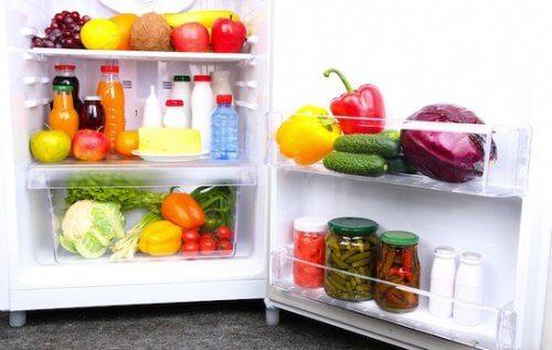 냉장고에 늘 구비해두어야 할 음식 14가지