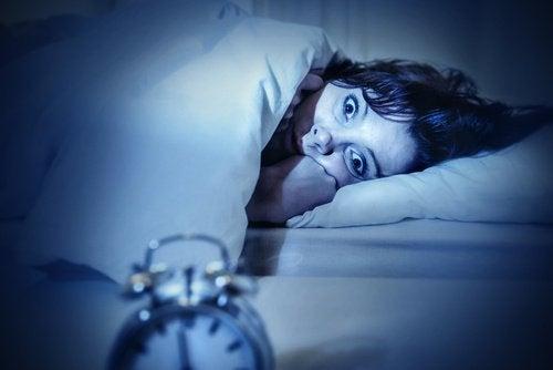 4-sleep-paralysis