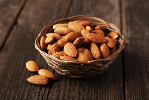5-almonds