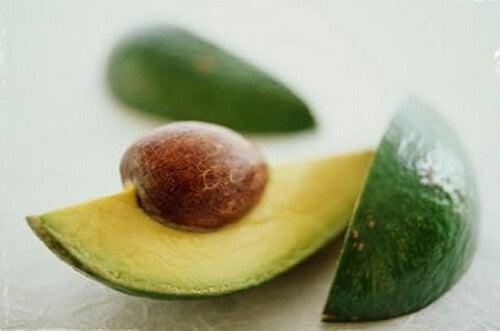 아보카도 씨앗을 먹어야 하는 9가지 이유