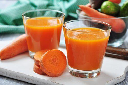 오렌지와 당근 주스