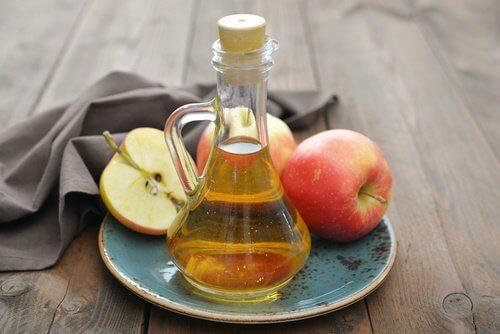 위염과 사과 식초