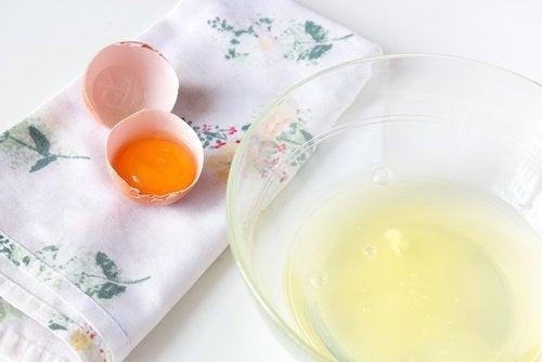 얼굴 처짐을 막는 달걀흰자