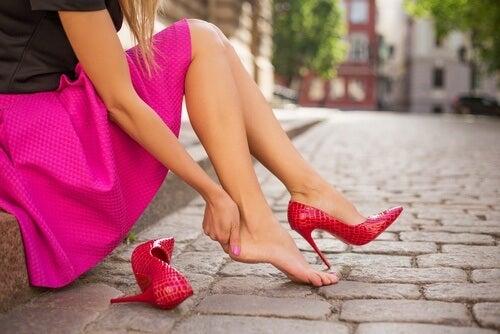 발 아프지 않게 신발 신는 12팁