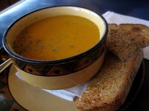 숙면에 도움 되는 건강한 저녁 식사 6가지