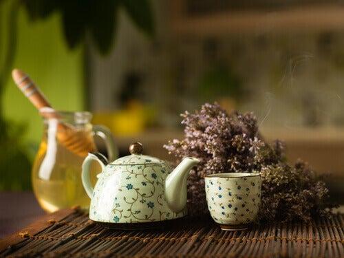 6-honey-and-tea