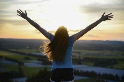 어려운 상황에서 긍정적인 자세를 가지는 방법