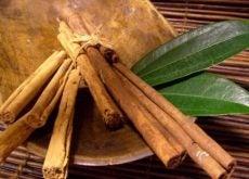 1-cinnamon-and-bay-leaves