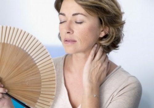 폐경기 증상을 더 악화시키고 있는가?
