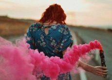 1-woman-pink-smoke