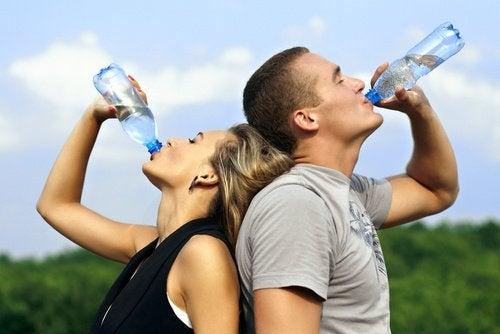 수분 섭취량 늘리기