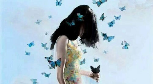 3-woman-with-butterflies