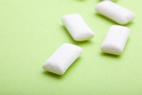 치석을 제거하고 구강 건강을 개선하는 방법