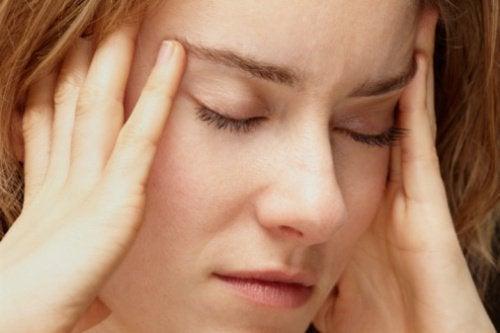 스트레스를 낮추는 데 도움이 되는 식품 9가지