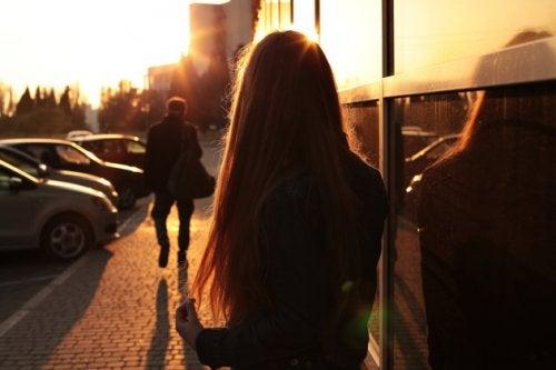 당장 고쳐야 할 연애 습관 7가지