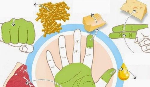 comer-manos-500x292