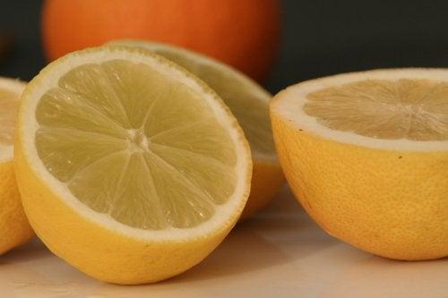 레몬의 놀라운 용도 10가지