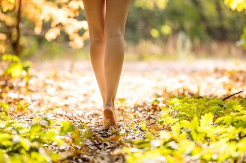 자궁내막증 관련 통증을 완화하는 데 도움이 되는 운동하기