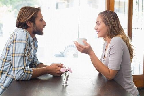 부부가 알아야 할 사랑에 관한 진실 8가지