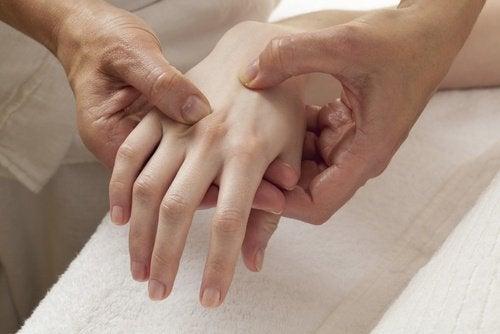 조기 폐경의 신호와 증상