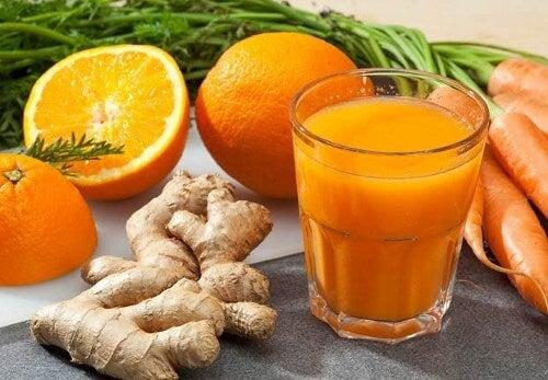 체중 감량 효과가 있는 과일 주스 3가지