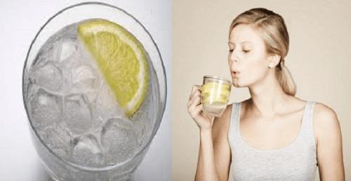 공복에 따뜻한 물을 마셔야 하는 6가지 이유