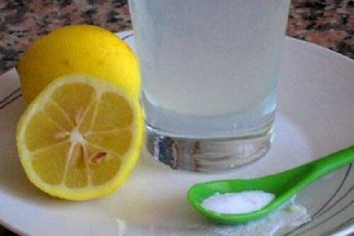 아침에 레몬을 즐기는 방법 3가지