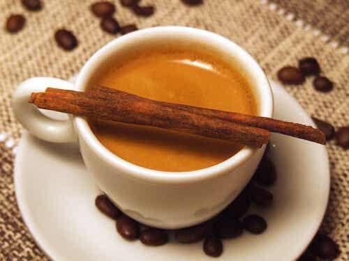 더 건강하게 커피 마시는 방법