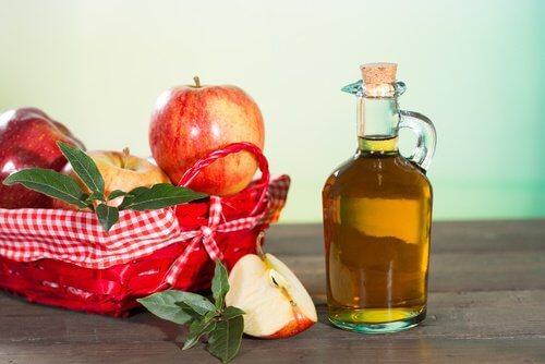 천연 치료제인 사과 식초