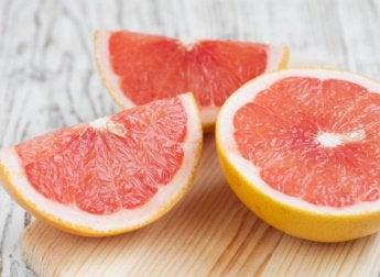우리 몸에 수분을 채워 줄 9가지 과일