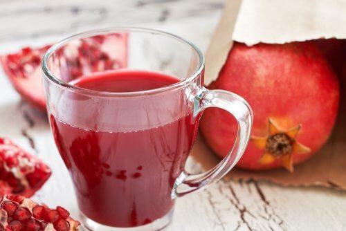 석류 주스의 7가지 놀라운 이점